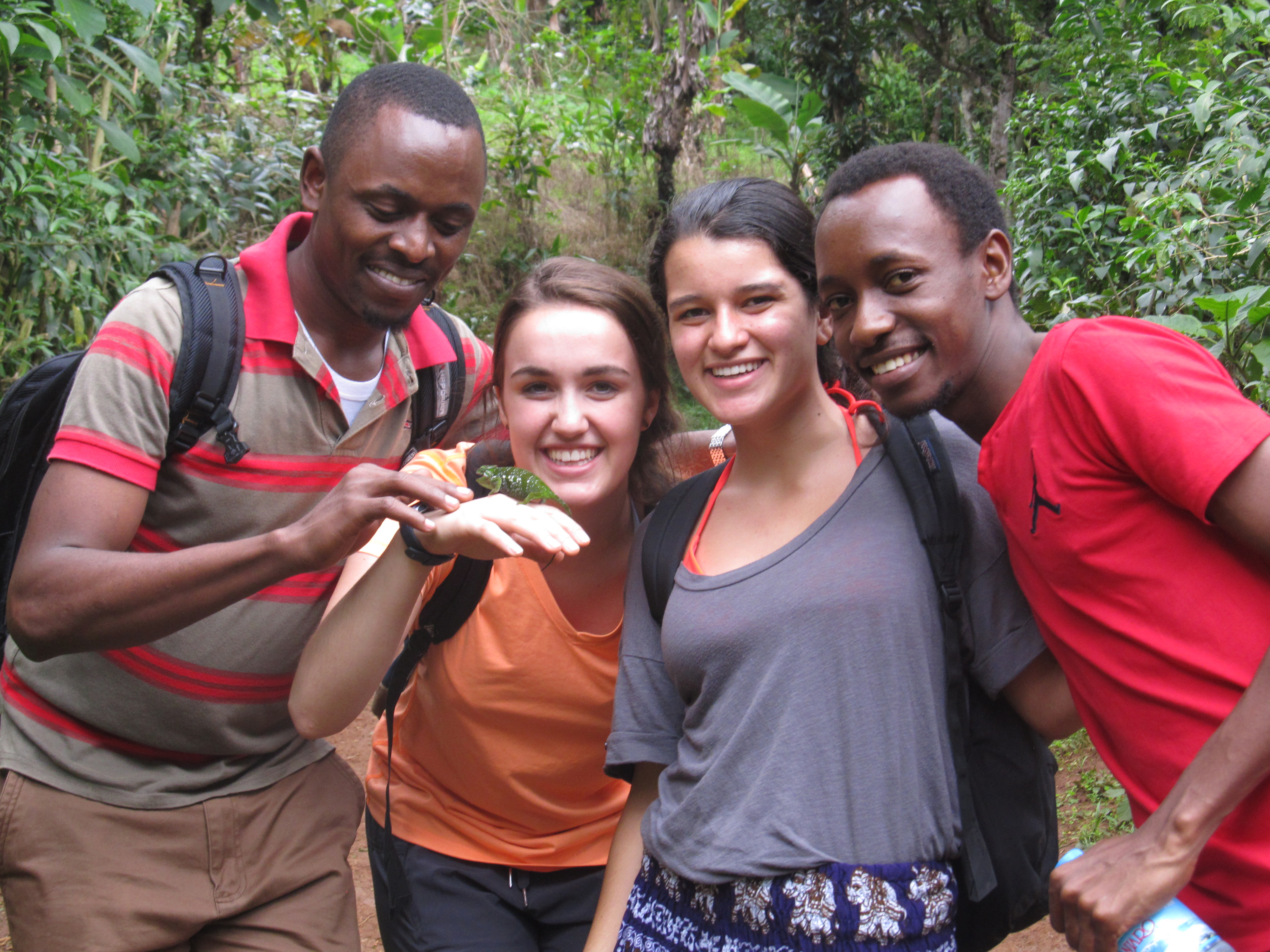 Students in the 2016 Tanzania summer program